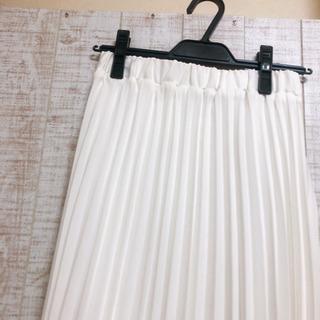 roomy's 白 プリーツスカート