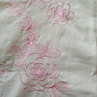 HANAE  MORI  フラワー刺繍エプロン🎽未使用 - 岩出市