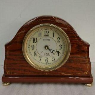 SEIKOの電波時計🍀高級感のある木目調❗❗時間が正確です❗
