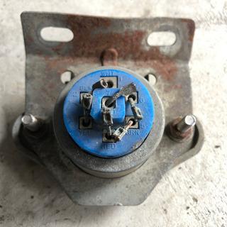 7極 コネクター キャンピングトレーラー用