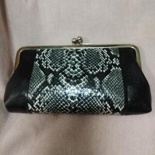 ⭐キレイめ⭐4ポケット財布⭐