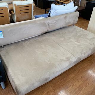 お買い得!大きめのソファーベッドです!