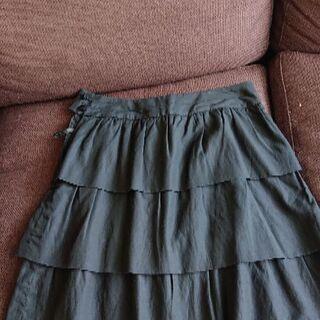 ストロベリーフィールズのスカート