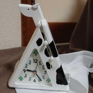 キリンの形をした置時計