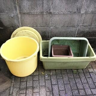 プランターと桶、差し上げます