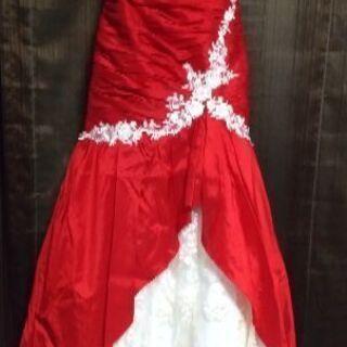 映える!真っ赤なカラードレス マーメイド  ハートカット ウェディング