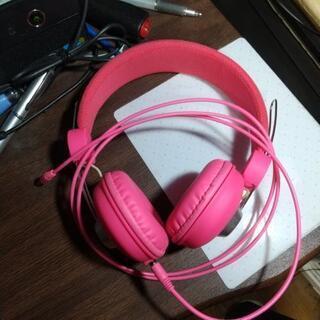 ピンク色ジュニアヘッドホン🎧️🎶英会話 等に最適