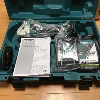 マキタ 充電式ディスクグラインダ グラインダー GA404…