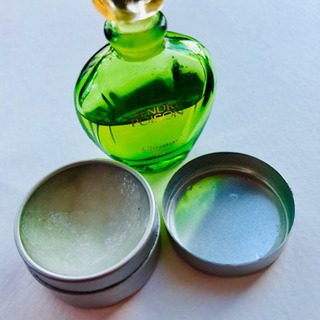 ポワゾン 練り香水