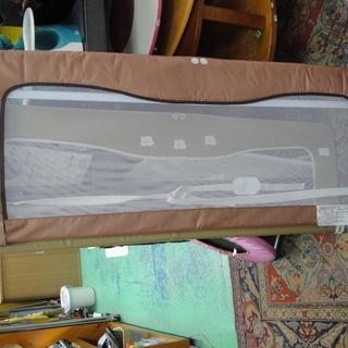 ベビーフェンス ベッドガード ベッドメッシュガード 日本育児 140cm 18カ月から ベビー用品 子供用品の画像