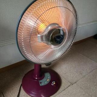 赤外線ヒーター (扇風機型)