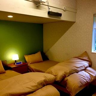夏休み空きあり 山の中の貸別荘 一日1組貸切 15人まで宿泊可 ...