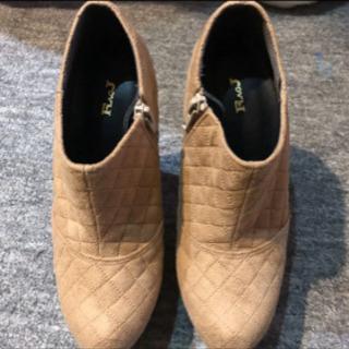 FLAGJ ブーツ お値下げしました。