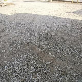 格安❗少量配達できます。リサイクル砕石砂利(RC40)