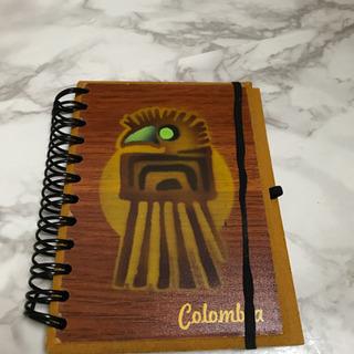 コロンビア土産の小型ノート