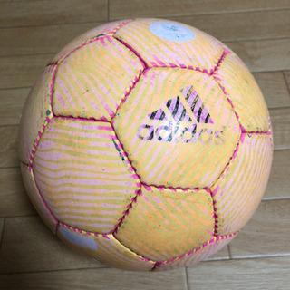 adidas サッカーボール 4号 検定級