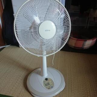 【無料】白い扇風機 2005年製