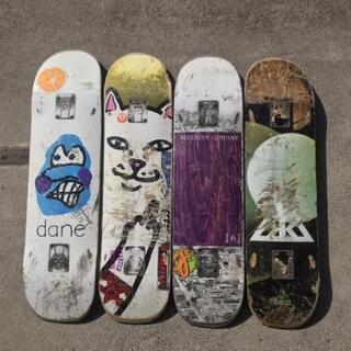 値引き!!スケートボード デッキ 4枚セット