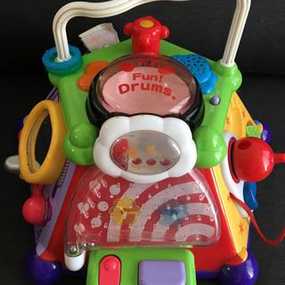 0歳児向け いたずら やりたい放題 音のでるおもちゃ 音楽も流れます