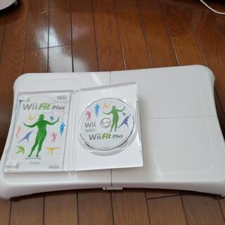 ニンテンドー ウィーフイットプラス Wii fit plusソフ...