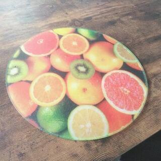 フルーツ柄のまな板