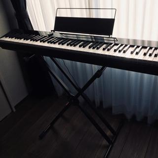 デジタルピアノ- Privia +スタンド