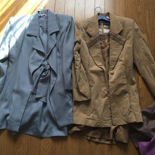 商談中です!スーツ 7着