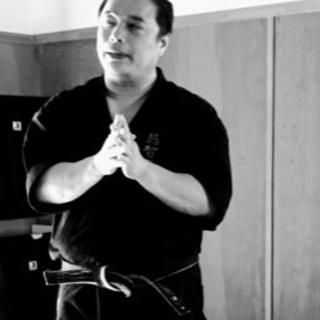 カラテ・カンフー・古武術…   護身格闘術 パーソナル指導