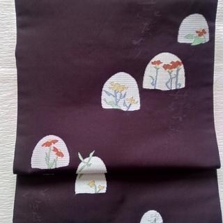 中古美品:正絹名古屋帯 紫地に花模様