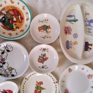 子供用かわいい食器 クリスマスプリンカップなど差し上げます