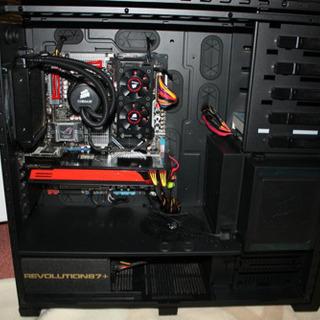 自作ゲーミングPC 高性能 人気のコルセア CC800DW フルタワー