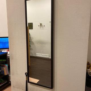 無料 大型壁掛け鏡