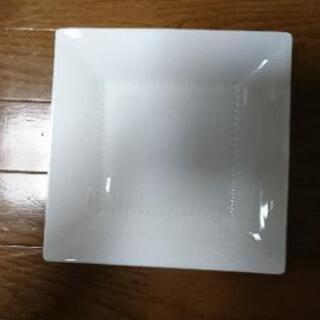 【新品】ノリタケの皿