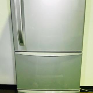 3ドア冷蔵庫✨自動製氷機能付✨TOSHIBA✨清掃済😃
