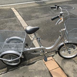 整備済 新古車 三輪車 シルバー