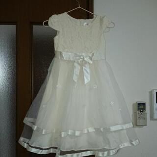 マザウエイズのドレス白130センチ