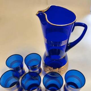 アンティーク チェコスロバキア製のボヘミアグラスのグラス6個とピ...