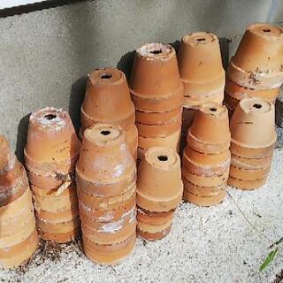 素焼の植木鉢   (委託品)