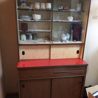 昭和 レトロな食器棚 差し上げます。