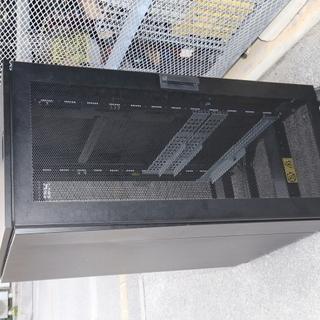 IBM NetBAY25 サーバーラック 25U