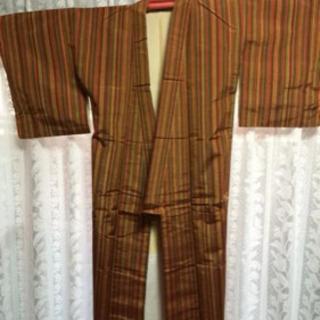 着物紬 茶色 縦線 売ります 3000円