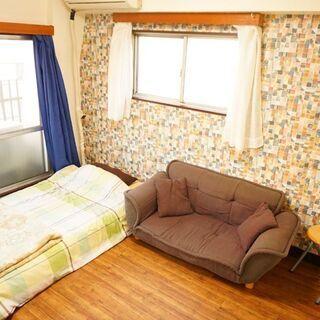 フルリフォーム部屋 ポップな壁、広いバルコニーのお部屋など!