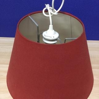 IKEA 赤いシェードのペンダントライト 照明器具