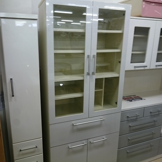 (80cm幅)ユーアイ 2面食器棚(白) 高く買取るゾウ中間店