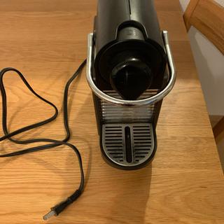 ネスプレッソ カプセルコーヒーマシン