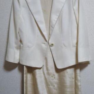 入学式 レディーススーツ