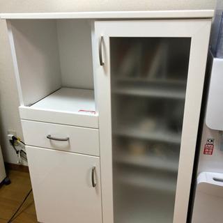 【美品】ニトリの食器棚 キッチンボード 白