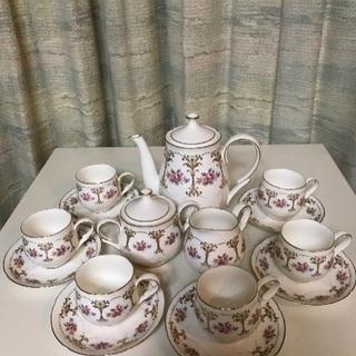 セーエー陶器のティーセット