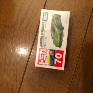トミカ 緑の車