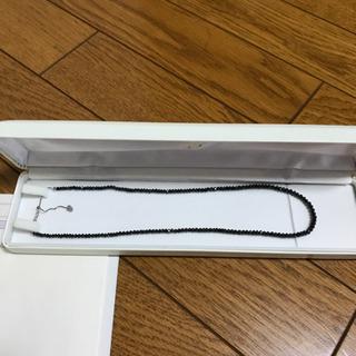 美品K18WGブラックダイヤモンドネックレス